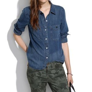 Madewell denim button down! Great condition!